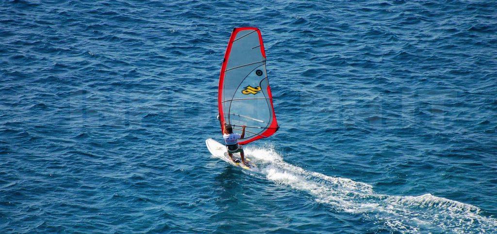 wind-surf