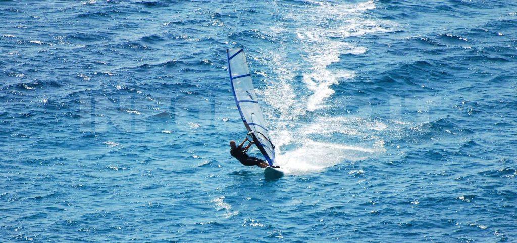 windsurf-blu